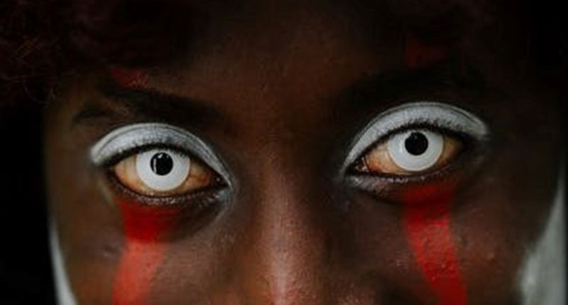 Protect Your Eyes From Costume Contact Lenses